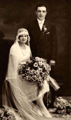 1920's couple #weddingday #vintage #blackandwhite