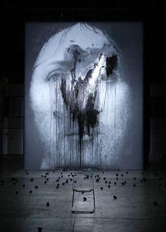 Romeo Castellucci, Sur le concept du visage du fils de Dieu (scène), Théâtre de la Ville, Paris, 2011, via nextfestival