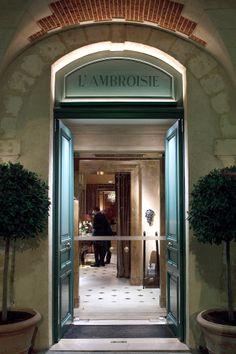 L'Ambroisie // 9, place des Vosges (4e)