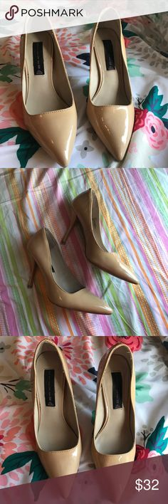 Steve Madden Tan Heels ✨ Gorgeous shoes! ✨ very comfy. Makeup sample included with purchase. Offers welcome! Steve Madden Shoes Heels