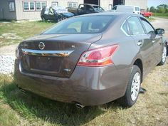 2013 Nissan Altima being Parted Out from D&S Used Parts ini Blackstone, IL