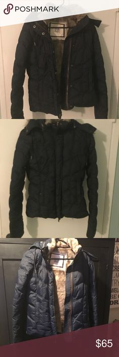Ruehl No. 925 Jacket with faux fur lining Ruehl No.925 Navy puffer jacket with down and faux fur lining hood is detachable and in very good condition no rips stains or tears no piling on jacket or fur Ruehl No. 925 Jackets & Coats Puffers