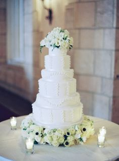 Wedding Cake, The Sugar Monkey - Palm Beach Wedding http://caratsandcake.com/erinandchristian