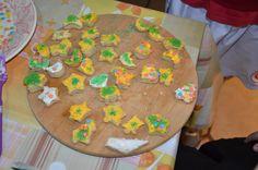 biscoitos com glacê colorido