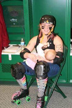 Love this #breastfeeding roller derby mama! :)