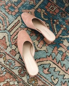 Trend: mules w/ square toe, rose quartz color