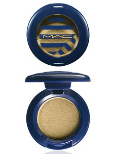MAC Eye Shadow in Barefoot ALWAYS wanted to try this one!