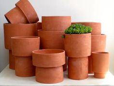 TERRACOTTA POTS     More than ready for this winter to be over and spring to arrive.  Thinking of my garden and planning.