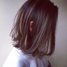 バッサリのお客様✂︎ #ヘアスタイル#hair#ハイライト#ローライト#ANDTHEBRICKS#ミディアムボブ #グレー