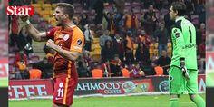 Podolski'den olay hareket!: Galatasaray ile Gençlerbirliği arasında oynanan karşılaşmanın 9. dakikasında Alman futbolcu Podolski'nin rakibine yaptığı bir hareket sosyal medyada olay oldu.