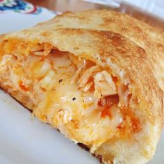 Buffalo Chicken Calzone - This recipe is tasty and very easy to make. Great to slice up for a party or for Sunday football. Serve with blue cheese dressing for dipping sauce. Buffalo Chicken Calzone, Chicken Empanadas, Buffalo Chicken Recipes, Pizza Recipes, Cooking Recipes, Cooking Ideas, Food Ideas, Meal Ideas, Thing 1
