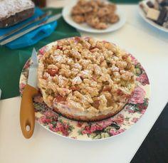 Rhabarberkuchen mit Vanillecreme und Streusel, ein leckeres Rezept mit Bild aus der Kategorie Backen. 832 Bewertungen: Ø 4,6. Tags: Backen, Frühling, Kuchen