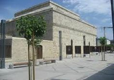 Castle located about 10 kilometers, Town Limassol (Cyprus), Very convenient take rental car Cyprus