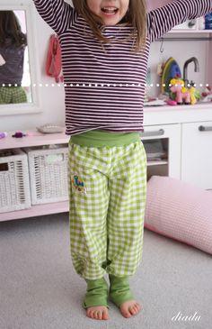 diadu: kleines tutorial zu pumphose und rock nach eigenem Körpermaß. Ich möchte so eine. Die Kombination Jersey-Bund und Webstoff-Bein sieht echt so gemütlich aus.