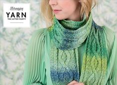 INFORMATION In this edition of YARN The After Party we focus on the elegant knitted Mossy Cabled Scarf designed by Carmen Jorissen. his rectangular shaped shawl is made with 5 skeins of Scheepjes Secret Garden. Christmas Bags, Scarf Design, Yarn Colors, Hats For Women, Shawl, Knitting Patterns, Elegant, Crochet, Party