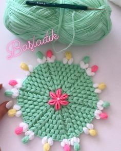Best 12 Then new models come ♥♥. … # booties # my hand # crochet # … – Easy Crochet Stitches, Hand Crochet, Crochet Lace, Free Crochet, Crochet Designs, Crochet Patterns, Woolen Craft, Acrylic Painting Inspiration, Rainbow Crochet