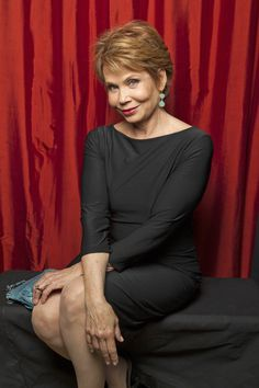 Julia Barr  (Photo Courtesy of Victoria Will / TV Guide Magazine)
