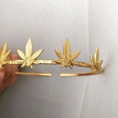 Enter cannabis culture with Blunted Objects, an elevated fashion brand reppin' 420 stoner girl style. Shop weed crowns, pot leaf necklaces and marijuana fashion. Cute Jewelry, Body Jewelry, Jewelry Accessories, Weed Art, Stoner Art, Accesorios Casual, Bad Girl Aesthetic, Luxury Jewelry, Cannabis
