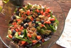 Makes 2-4 servings  3 cups mixed greens  1/4 cup blueberries  1/4 cup quinoa  3 tbs walnuts  1 sliced avocado  3 tbs golden raisins  Dressing… 1 serving  1 olive oil  2 tbs balsamic vinaigrette  1/2 lemon squeeze  sprinkle with mrs dash