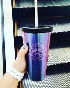 Starbucks Mug 👌🏻✅ Copo Starbucks, Starbucks Art, Starbucks Secret Menu, Starbucks Tumbler, Starbucks Drinks, Starbucks Cups For Sale, Starbucks Water Bottle, Cute Water Bottles, Cute Cups