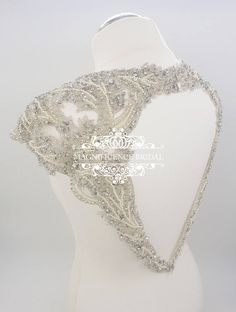 Keyhole bridal Beaded embroidery epaulettes dress Embroidery Dress, Beaded Embroidery, Wedding Dreams, Dream Wedding, Bridal Dresses, Wedding Gowns, Bridal Cover Up, Romantic Fashion, Body Chain Jewelry