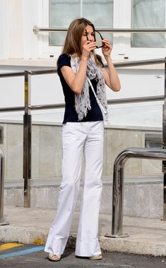 """Queen Letizia of Spain Photos - Princess Letizia of Spain arrives at the """"Club Nautico"""" during the 28th Copa del Rey Mapfre Audi Sailing Cup on August 3, 2009 in Mallorca, Spain. - Spanish Royals Attend 28th Copa del Rey Audi Sailing Cup - Day 1"""