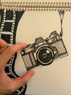 Vintage camera drawing of a lomography cam. Marker work. Camera Sketches, Camera Drawing, Photography Illustration, Illustration Art, Drawing Journal, Sketching, Cute Camera, Art And Hobby, Ap Studio Art