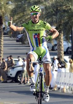 Slovakian champion Peter Sagan (Cannondale) opens his account for 2013 with  a stage victory 2b96e7bd1