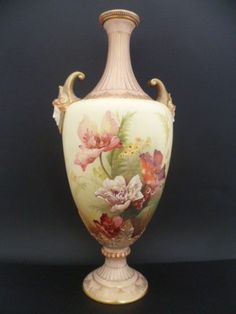 STUNNING ANTIQUE ROYAL WORCESTER LARGE IVORY VASE DATED 1885 DUE TO MY RETIREMENT AND DOWNSIZING OF MY HOME I AM HAVING TO SELL SOME OF MY COLLECTIONS . THIS IS A SALE FOR A STUNNING LARGE ANTIQUE RO