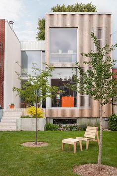 The Avenue House in Montreal& Rosemont neighborhood – A beautifully beautiful transformation – Joli Joli Design - La Shed Architecture, Concept Architecture, Residential Architecture, Japanese Architecture, Sustainable Architecture, Contemporary Architecture, Facade Design, House Design, Exterior