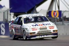 Peter Brock - Ford Sierra - finally he saw sense. Ford Rs, Car Ford, Ford Motorsport, Road Racing, Auto Racing, V8 Supercars, Ford Sierra, American Motors, Ford Escort