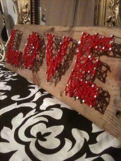 Easy DIY yarn art - wood, nails, hammer, yarn!