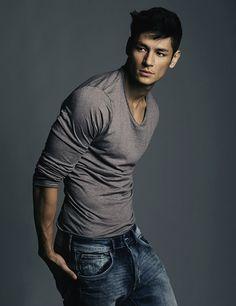 Model Behavior: Hideo Muraoka http://www.homorazzi.com/article/hideo-muraoka-brazilian-japanese-male-model-shirtless-portfolio-covers-mbf/