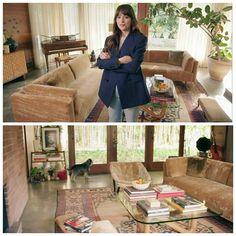 Dj House, Living Room Decor, Living Spaces, Johnson House, Dakota Johnson Style, Piece A Vivre, Celebrity Houses, House Goals, Architectural Digest