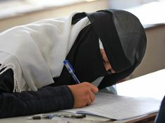 School in Denmark Forbids Students From Wearing Niqabs in Class - AhlulBayt News Agency - ABNA - Shia News