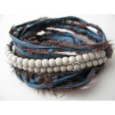 Pearl-Bracelet with Jean