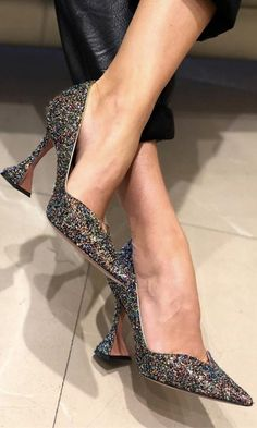 Women High Heels Schuh Sandals Flower Shoes Platform Sneakers Women Hi – chestnuttal Sneakers Fashion, Fashion Shoes, Sneakers Women, Moda Sneakers, Sparkly High Heels, Girls Heels, Ladies Shoes, Flower Shoes, Shoes Heels