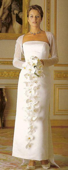 DIY ● Cascade Bride's Bouquet