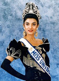 Miss Universo 1994 de India. Sushmita Sen 18 años (nació el 19 de noviembre de 1975) es una actriz india que actúa en Bollywood . Fue ex reina de belleza y Miss Universo 1994.  Sushmita fue la segunda india en ganar el concurso de Miss Universo luego Lara Dutta quien fue coronada en el 2000.
