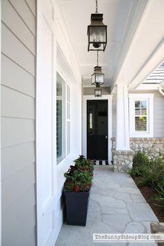 56 super ideas for house facade design exterior colors porches Exterior Gray Paint, Design Exterior, House Paint Exterior, Grey Paint, Gray Siding, Facade Design, Gray House Exteriors, Stone On House Exterior, Exterior Paint Colors For House With Stone