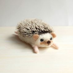 Amazing Needle felting wool animals pet hedgehog(Via yucococafe)