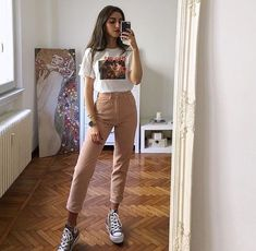 𝓅𝓇𝒾𝓈𝒾𝓁𝒶𝓉𝒽𝑒𝓈𝓁𝑜𝓉𝒽 ✨ Aesthetic Girl, Summer Aesthetic, Aesthetic Fashion, Aesthetic Clothes, Tumblr Outfits, Grunge Outfits, Girl Outfits, Casual Outfits, Insta Outfits