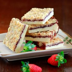 A rich shortbread base, layered with jam and topped with an oat crumble. Packed into school lunch boxes as delectable treats!