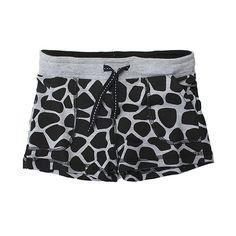 Sale 16% (8.39$) - 2015 New Little Maven Baby Girl Summer Dots Black Cotton Beach Shorts Pants