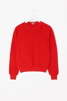 Made from stretchy cotton-knit, this jumper is finely ribbed for a modern raised texture. A regular fit with relaxed raglan sleeves, it has a simple round neckline and tightly ribbed cuffs and hem. Winter Wardrobe, My Wardrobe, Mode Inspiration, Knitwear, Jumper, Cashmere, Dress Up, Knitting, My Style