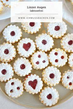 Linzer Augen nach Omas Rezept - Ich muss backen Brownie Recipes, Cheesecake Recipes, Cookie Recipes, Dessert Recipes, Delicious Desserts, Yummy Food, Avocado Brownies, Grandma Mug, Christmas Baking