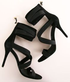 Fancy heels, probably too high for me, but still ...
