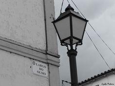 Passando por Vidago, breve pausa no Largo do Olmo cujo painel castanho na estrada nacional 2 convida a parar. Antes de ser conhecida pelas propriedades das suas águas, a vila de Vidago era um povo…