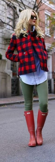 Casual prep. JCrew jacket, Haute Hippie oxford shirt, Current/Elliott jeans and Hunter boots.