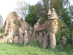Secret building that could be a house from Middle Earth in The Hobbit or Lord of the Rings